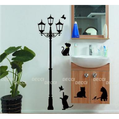Кошки и фонарь