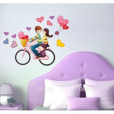 Наклейка на стену Первая любовь