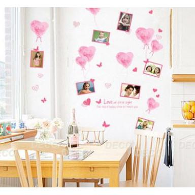Наклейка на стену Розовые сердца и рамки