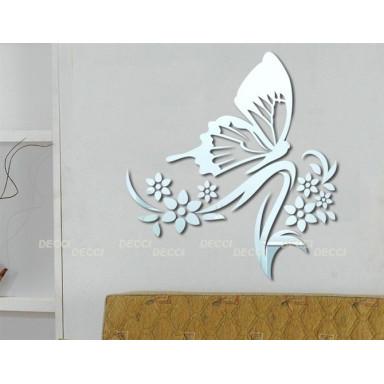 Наклейка на стену зеркальная Порхающая бабочка цвет серебро